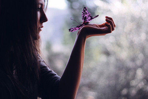 beautiful-bokeh-butterfly-girl-hair-Favim.com-191172