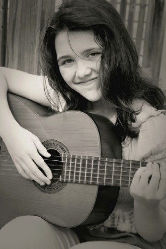 girl-with-guitar-black-and-white-502-height