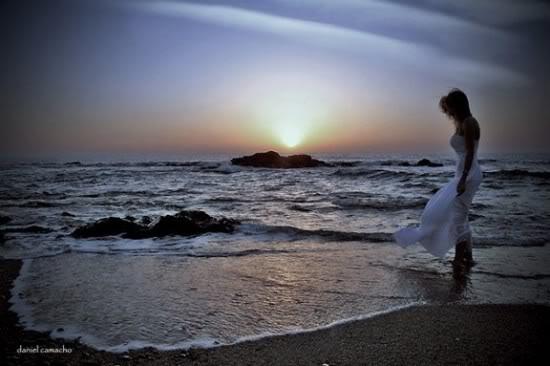 sasha-loneliness-woman-morze-woda-w